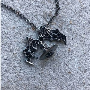 Vivienne Westwood Winged orb chain necklace OS